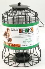squirrel-resistant-nut-feeder